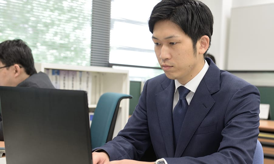 社員 川島 昌人